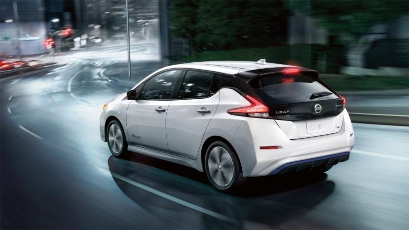 2018-nissan-leaf-electric-vehicle