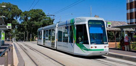 640px-C_Class_Tram,_Melbourne_-_Jan_2008