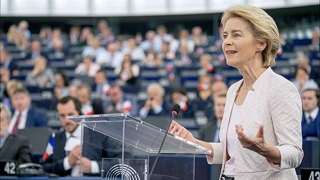 640px-Ursula_von_der_Leyen_presents_her_vision_to_MEPs