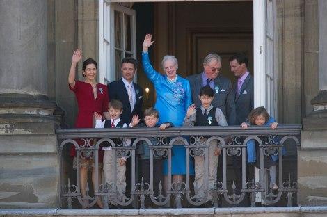 1082px-Monarchy_Of_Denmark_April_2010