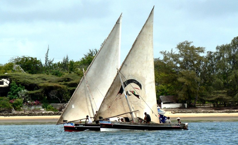 Lamu dhows adjusted_Richard Sims